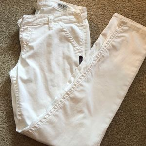 Price drop!! White relaxed skinny jeans. Silvers